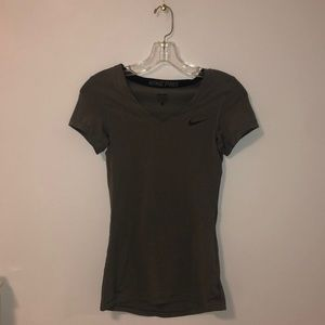 NIKE Dri-Fit V-Neck